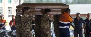 Le immagini dell'addio alle vittime del sisma 5