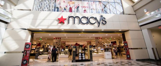 Commercio: persino i grandi magazzini Macy's rischiano di scomparire