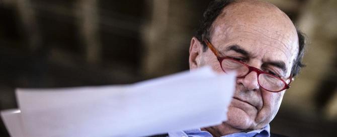 Bersani contro Renzi: «Sulla legge elettorale sta facendo solo ammuina»