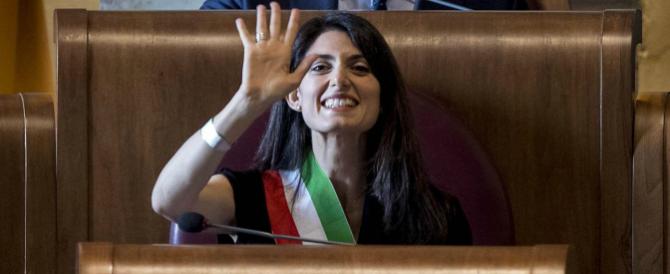 """""""A Roma decidono Grillo e Casaleggio"""": firmato Virginia Raggi"""