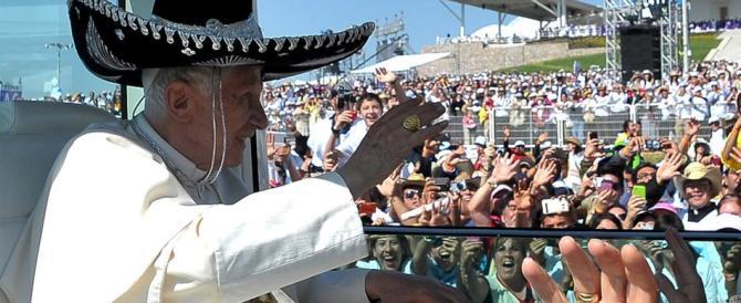 """Ratzinger rivela: """"Durante il viaggio in Messico ho capito di non farcela più"""""""