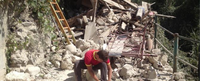 Il sindaco di Arquata: «la gente vuole che la casa sia ricostruita lì dov'era»