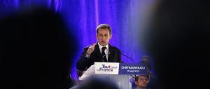 Svolta di Sarkozy: va sul palco e parla con il linguaggio di Marine Le Pen