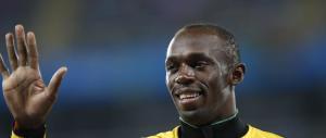 Usain Bolt si dà alla pazza gioia: eccolo scatenarsi in discoteca (video)