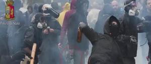 Anarchico finisce in galera: aveva in casa il materiale per costruire ordigni