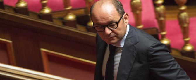 Il senatore Caridi in silenzio davanti al Gip: «Parlerà dopo aver letto gli atti»