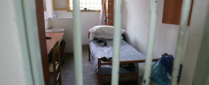"""""""La cella era piccola"""". Detenuto fa ricorso, risarcito con 10mila euro"""