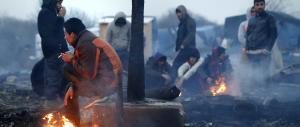 Via libera ai migranti di Calais diretti in Gb? Londra minaccia ritorsioni