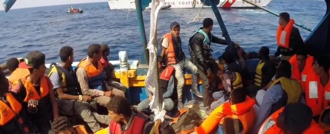 Migranti, l'invasione c'è. Meloni: «Via il governo abusivo Renzi-Alfano»