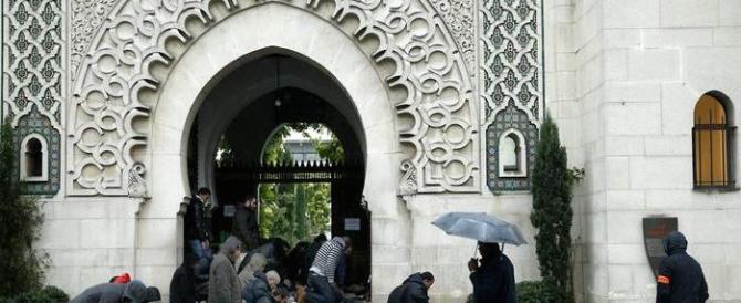 La Francia fa dietrofront: chiuse le prime venti moschee e stop al buonismo