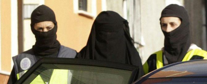 Germania, basta buonismo: a scuola vietato insegnare con il niqab
