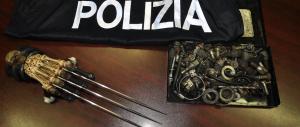 """Ventimiglia, denunciati 15 """"no border"""": sequestrato un guanto con """"artigli"""""""