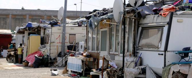 Napoli, rissa nel campo nomadi: romeno ucciso con un coltello da cucina