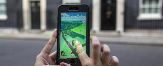La caccia ai Pokemon bandita in Iran, in Belgio scattano le multe per strada