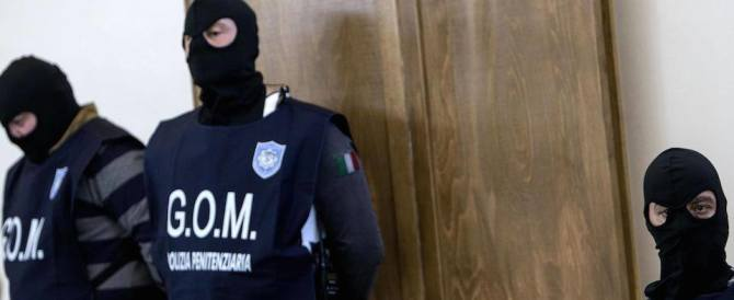 Carcere, agente aggredito da un detenuto straniero. Monta la protesta