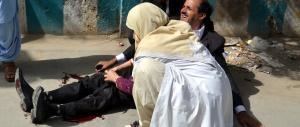 L'Isis rivendica il sanguinoso attentato all'ospedale di Quetta, in Pakistan