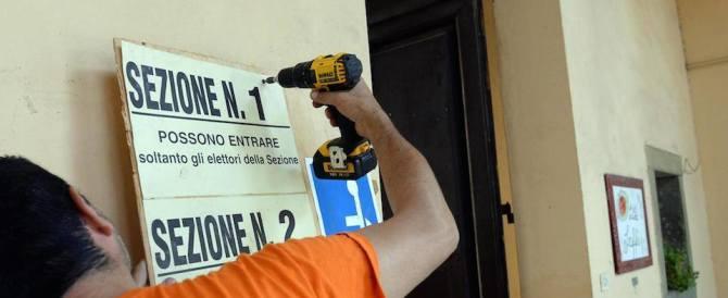 Sondaggio: il No vola al 54%, il trio Renzi-Alfano-Verdini vive nell'incubo