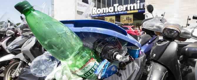 """Roma, migliora la situazione dei rifiuti ma è anche colpa dei troppi """"incivili"""""""