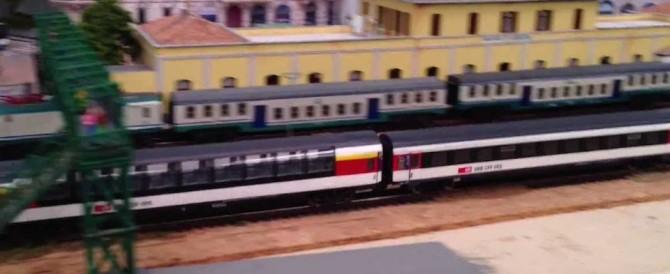 Svizzera, attacco su un treno: 7 feriti. Usato liquido infiammabile