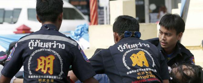 Altre cinque bombe sono esplose in Thailandia, due gli italiani feriti