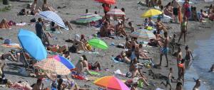 Estate da leoni: in vacanza 33 milioni di italiani. Il mare la fa da padrone