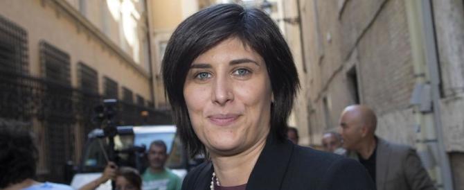 """Anche i sindacati contro la Appendino: """"I suoi tagli penalizzano i deboli"""""""