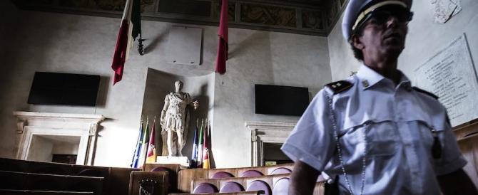 Gasparri attacca Virginia Raggi: «È inadeguata, non può governare Roma»