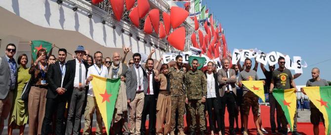 Venezia, protesta curda sul red carpet al Lido: Erdogan terrorista