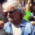 Grillo prova a risuscitare i 5 Stelle: «Adesso scendo io in politica»