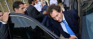 """Meloni a Elkann: """"Ha sede olandese, Fca tolga il marchio made in Italy"""""""
