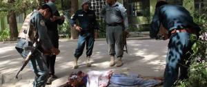 Le drammatiche foto dell'attacco all'ospedale in Kandahar: ed è terrore