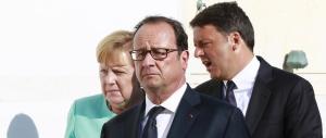 Renzi e Hollande, stessa spiaggia stesso flop: sono gli ultimi in Europa