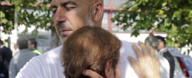 Sisma, il sindaco scopre t-shirt truffa pro Amatrice a 20 euro, indaga la Gdf