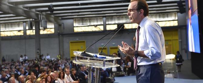 Stefano Parisi: «Al referendum voto No, le riforme sono una presa in giro»
