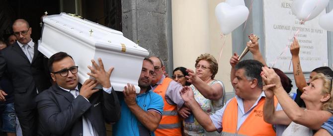 La disperazione di Tiziana: «È una gogna, così mi spingete al suicidio»