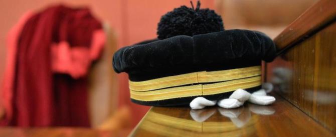 Mille risarcimenti l'anno per errori giudiziari. Ma il giudice non paga mai…