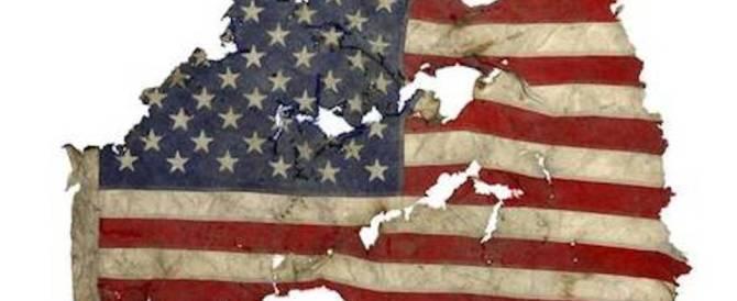 Ritrovata la bandiera di Ground Zero: la sua scomparsa tra le macerie resta un mistero