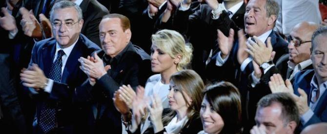 Sondaggio: gli elettori forzisti non vogliono il passo indietro di Berlusconi