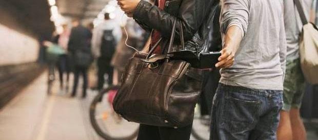 Borseggi a Roma, 15 arresti nelle ultime 48 ore. Tutti i ladri sono nomadi