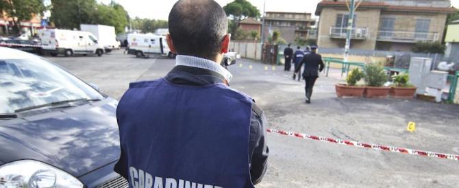 Rapinano un ufficio postale: i carabinieri arrestano la banda in fuga