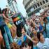 Sesso gay davanti al Colosseo. La coppia viene filmata e il video crea polemiche