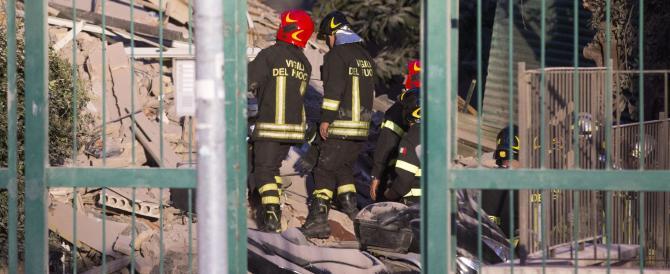 Roma, crolla una palazzina di 4 piani. Già evacuato lo stabile: nessun ferito