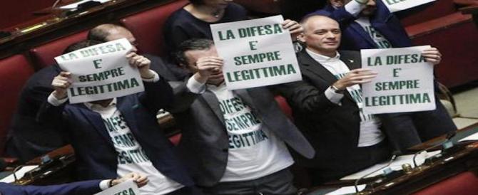 I magistrati all'attacco della legittima difesa. Salvini: «Vado avanti»