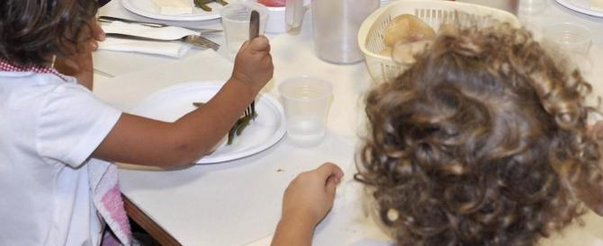 Aosta, bambini lasciati senza cibo a mensa: «Non hanno pagato la retta»