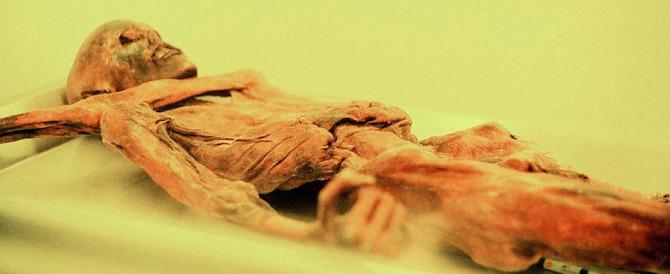 """25 anni la scoperta della mummia Ötzi che ha """"sedotto"""" scienziati e curiosi"""