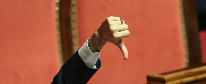 Renzi ha pensato solo alle banche, l'Italia crolla. E i dati Istat lo provano