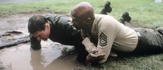 Nonnismo nei Marine: il racconto di una recluta. Lo scandalo sul Nyt