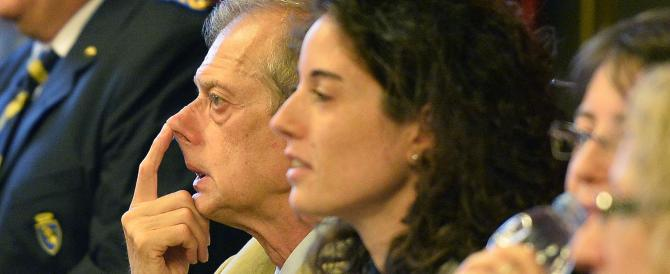 I conti di Fassino non tornano, spariti 30 milioni di euro: Finanza in Comune