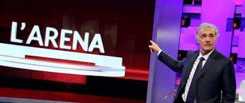"""D'Alema furioso: rovescia gli agnolotti de """"L'Arena"""" di Giletti (VIDEO)"""