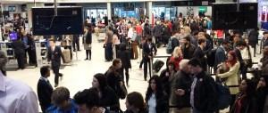 Allarme chimico, evacuato l'aeroporto London City: soccorse 26 persone